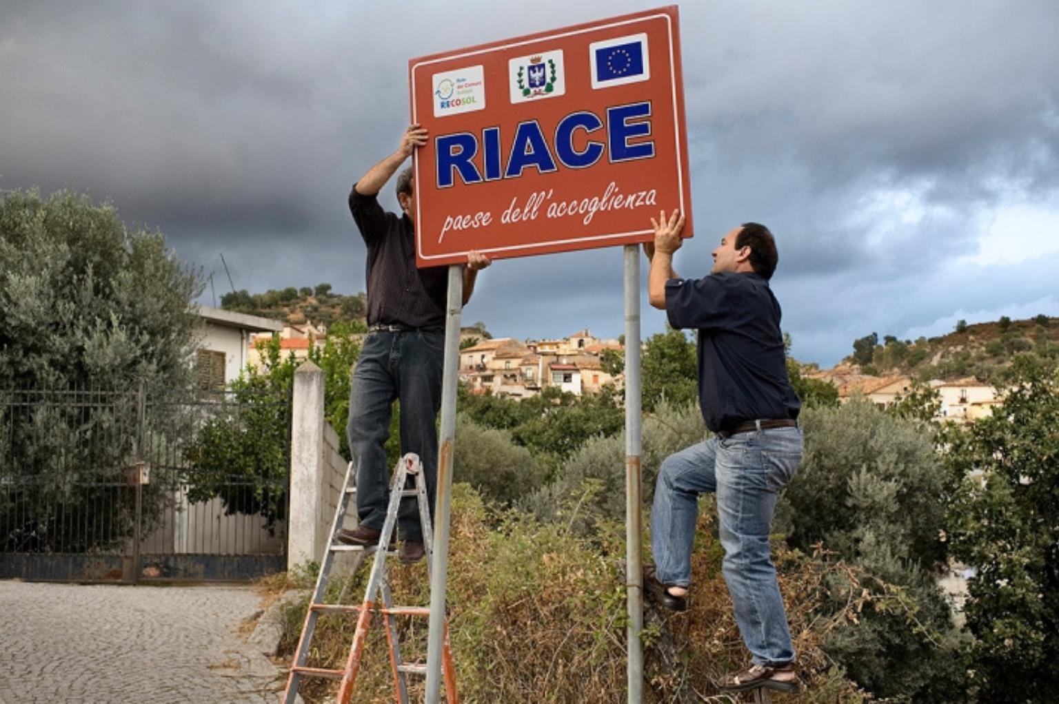 Innovazione sociale e disobbedienza - il caso Mimmo Lucano